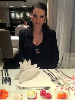 cum for chloe chat girl